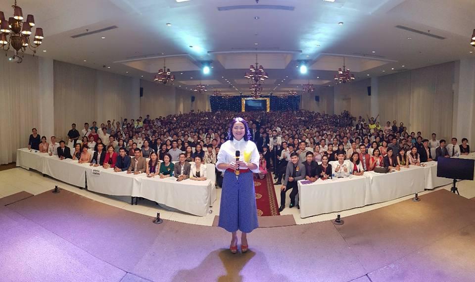 Hơn 10 năm tại Việt Nam cô đã giúp hàng ngàn người thay đổi cuộc sống